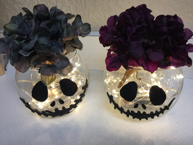 Diy jack skellington centerpieces sparkleese my niece is totally in love with the nightmare before christmas but then again who isnt solutioingenieria Gallery
